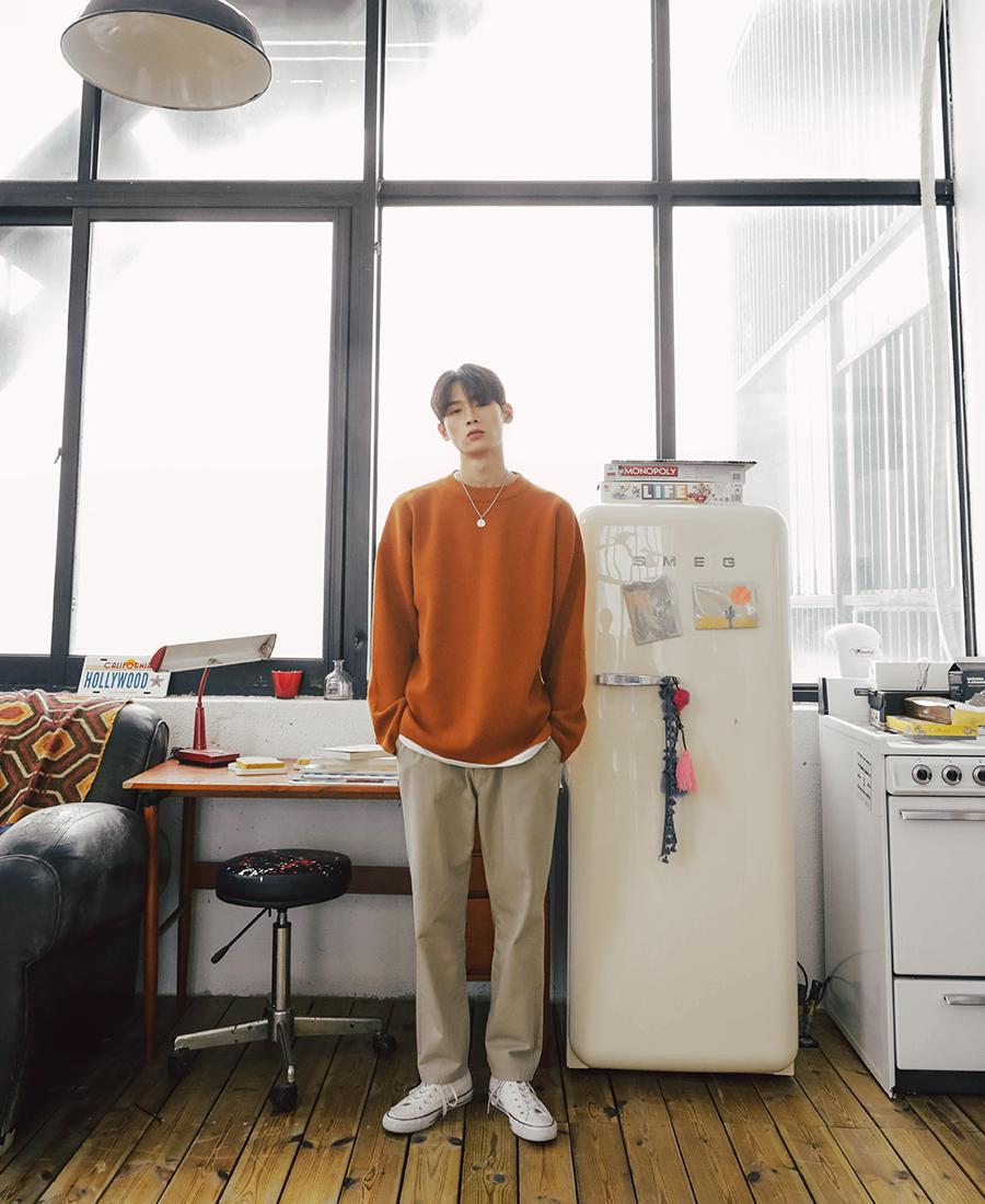 20181001_daily_knit_model_kj_02.jpg