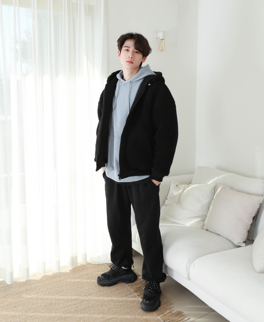 20190129_wide_easy_pants_model_yh_01.jpg