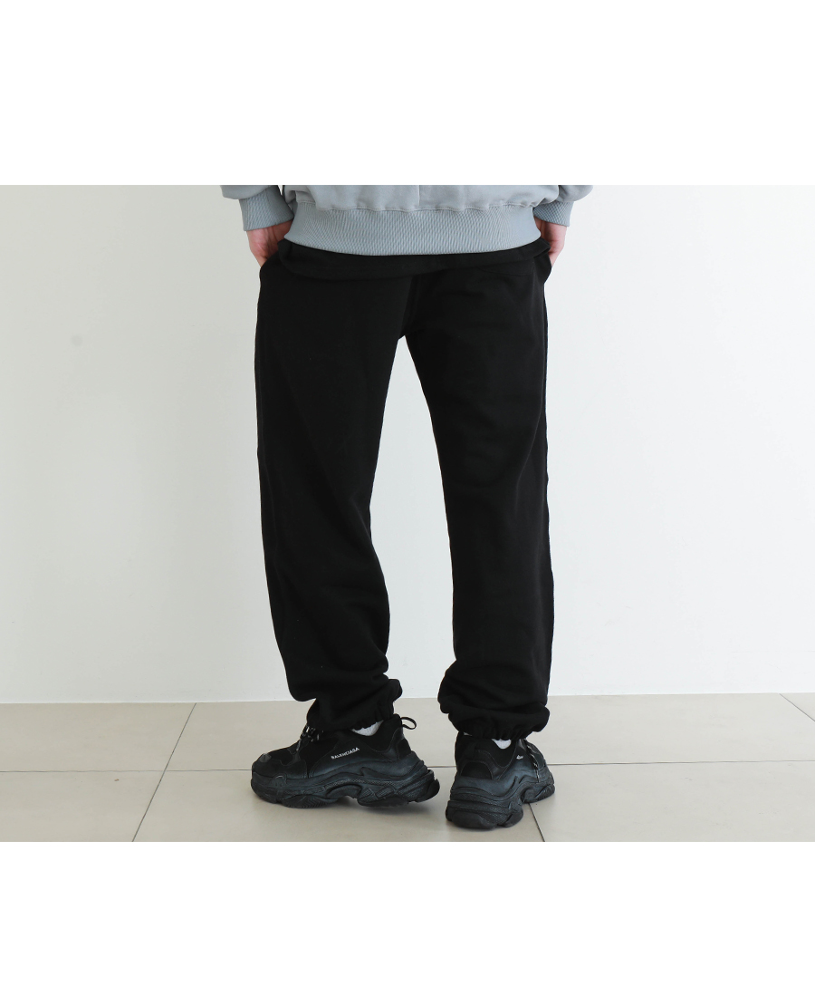 20190129_wide_easy_pants_model_yh_05.jpg