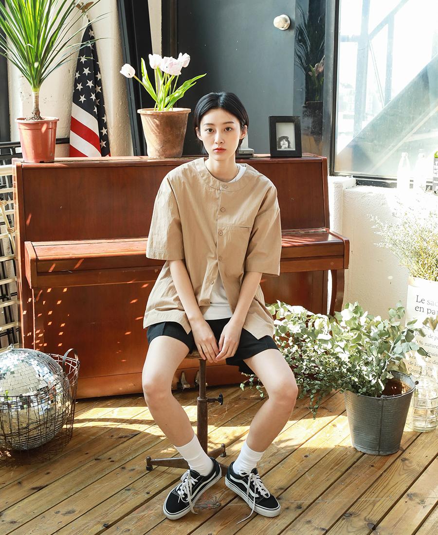20190322_Giselle_no-collar_shirts_model_kj_09.jpg