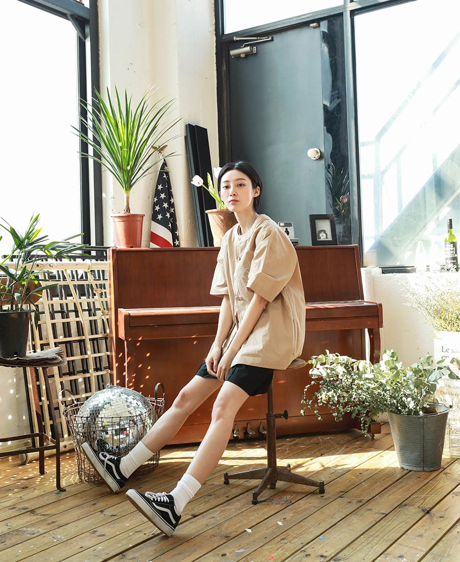 20190322_Giselle_no-collar_shirts_model_kj_11.jpg