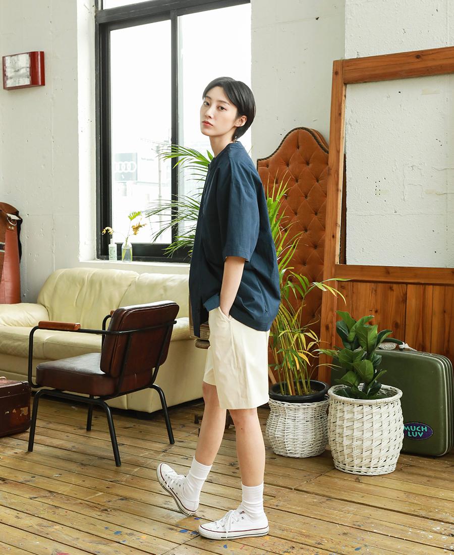 20190322_Giselle_no-collar_shirts_model_kj_17.jpg