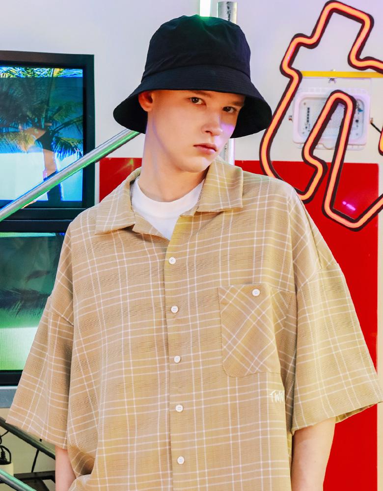 20190418_twn_minimal_shirts_model_ym_09.jpg