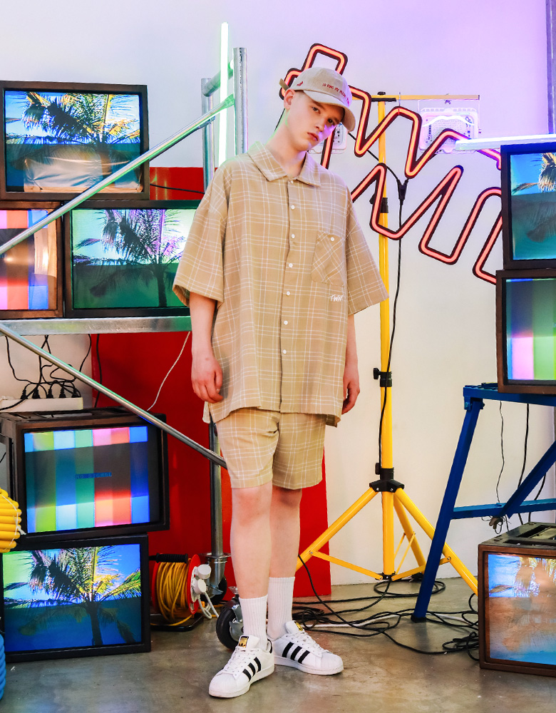 20190418_twn_minimal_shirts_model_ym_13.jpg